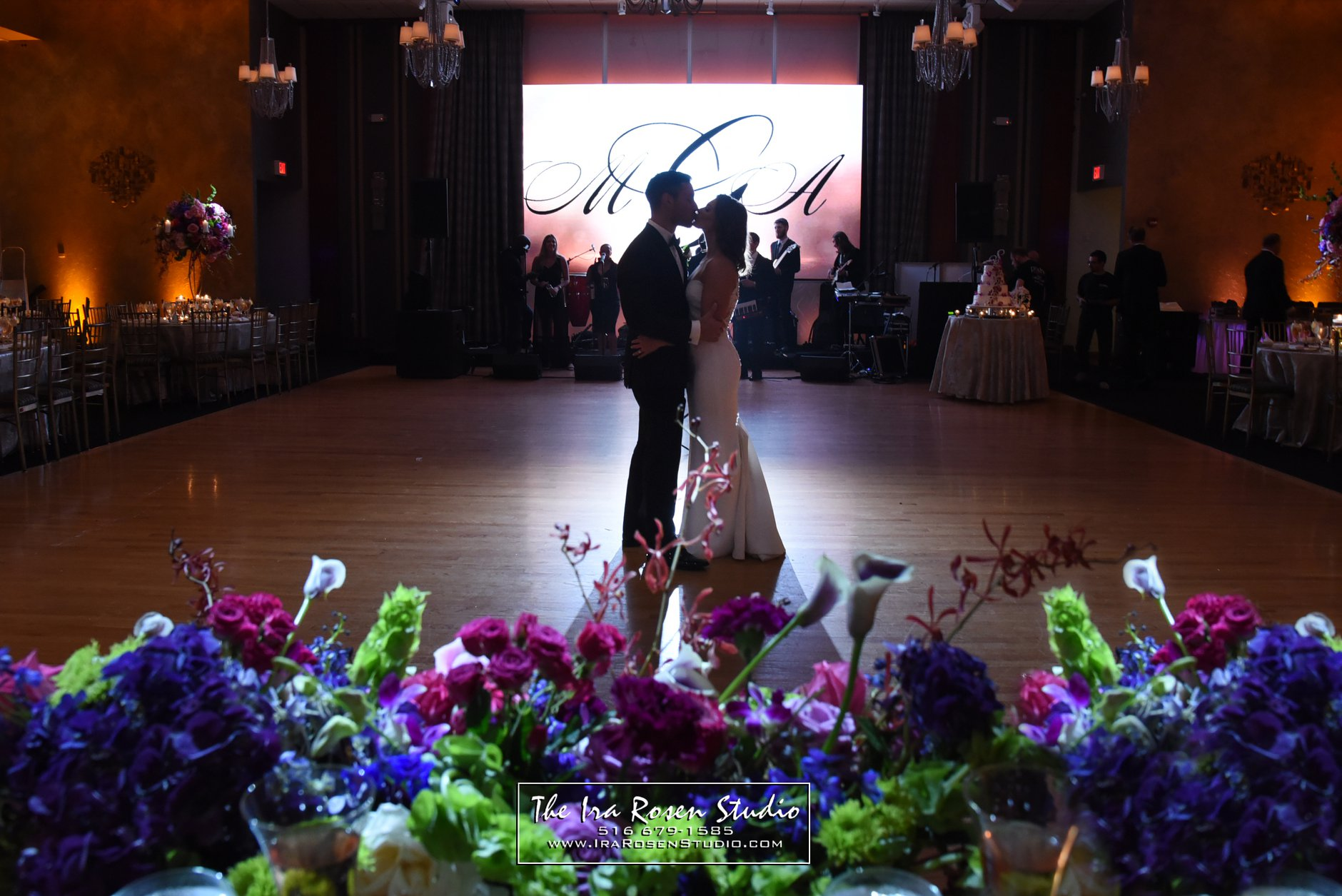 Weddings at Temple Avodah